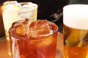 お酒とグラスのギフトセット!お酒好きが本当に喜ぶギフトを名入れ専門店がご紹介!