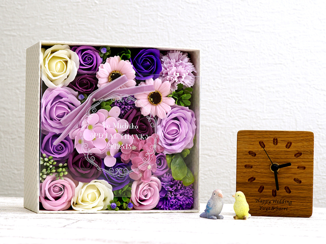 紫色のソープフラワーボックス