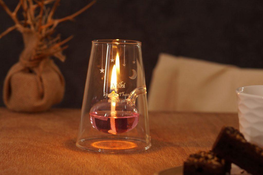 心うるおす炎の癒やし デザイン型オイルランプ