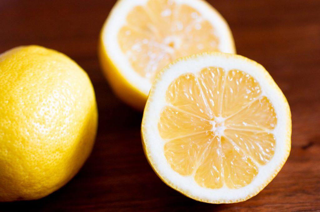 レモン汁(クエン酸)を使う方法