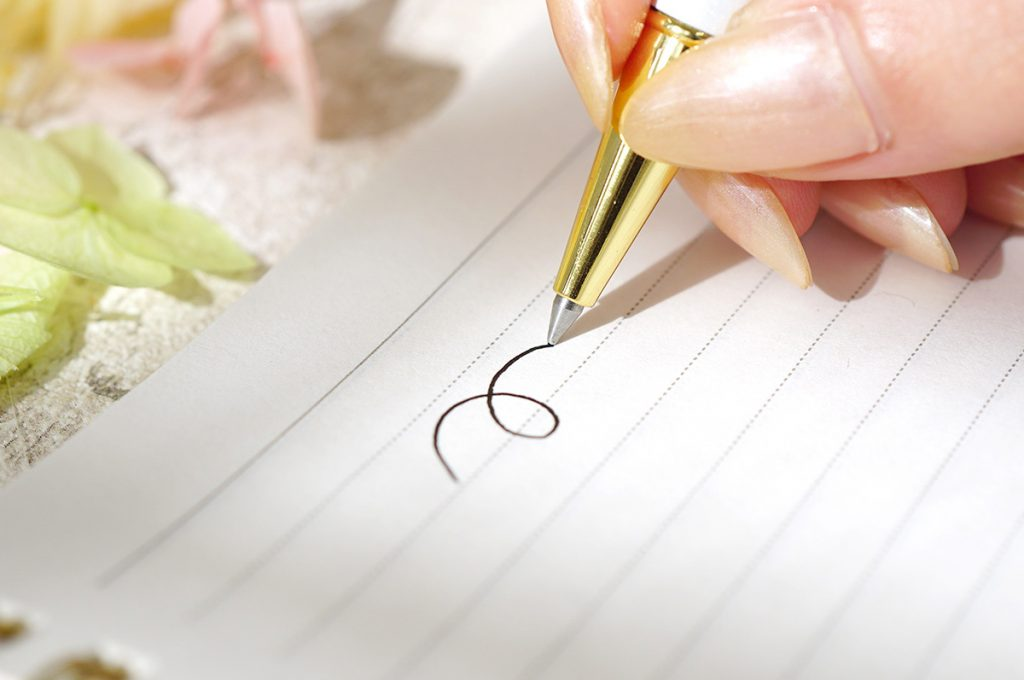 ボールペンのインクが残っているのに書けなくなる4つの原因