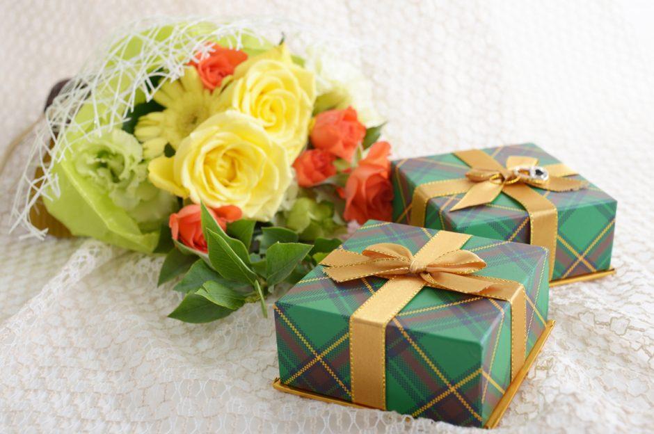 正しいのはどれ?同じ日の誕生花が複数ある理由とプレゼントするときの注意点